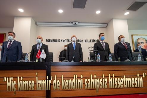 """CHP Genel Başkanı Kılıçdaroğlu apartman görevlileriyle bir araya geldi:  """"Hiç kimse İzmir'de kendini sahipsiz hissetmesin"""""""